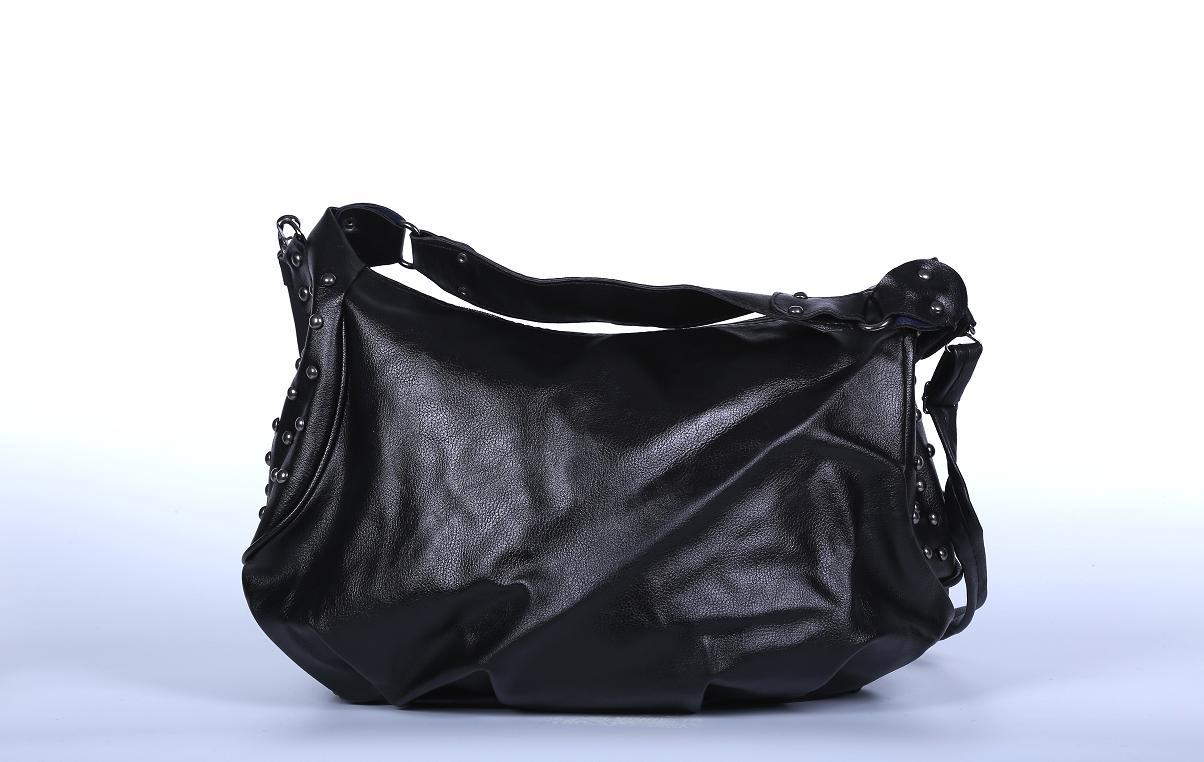 Geanta neagra piele eco cu tinte preview